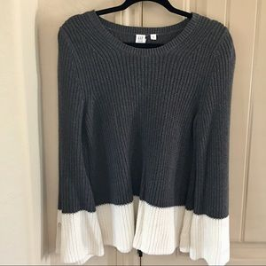 GAP for Good M Gray and White Fall Cozy Sweater
